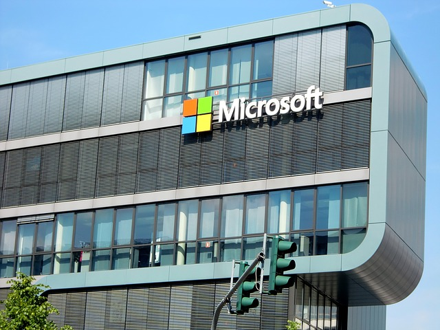 Microsoft outage causes its services to go offline